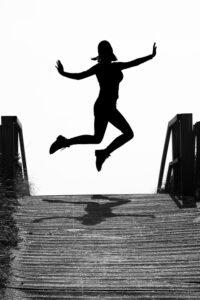 Über Ihren Schatten springen Interessent droht mit Auftrag